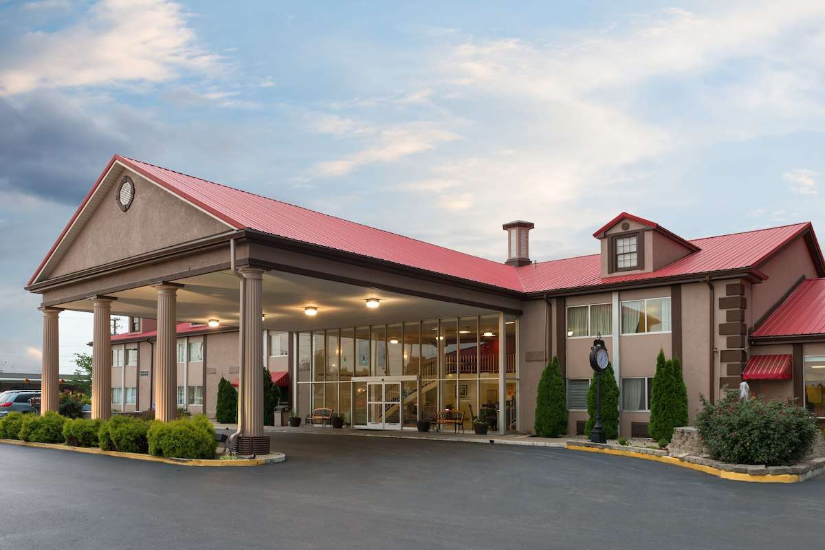 How Ramada Inn uses BidClerk to put heads in beds