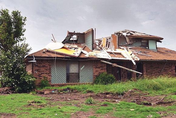 moore-tornado-INSIDE-mainweb-1024x576.jpg